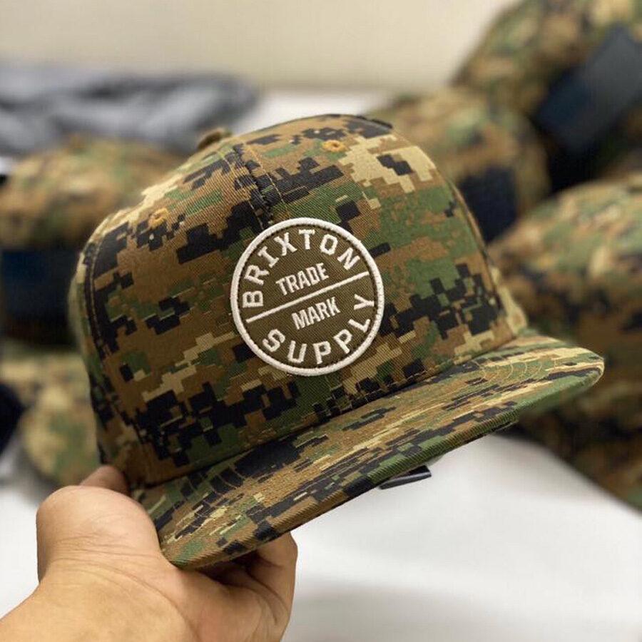 Snapback rằn ri quân đội